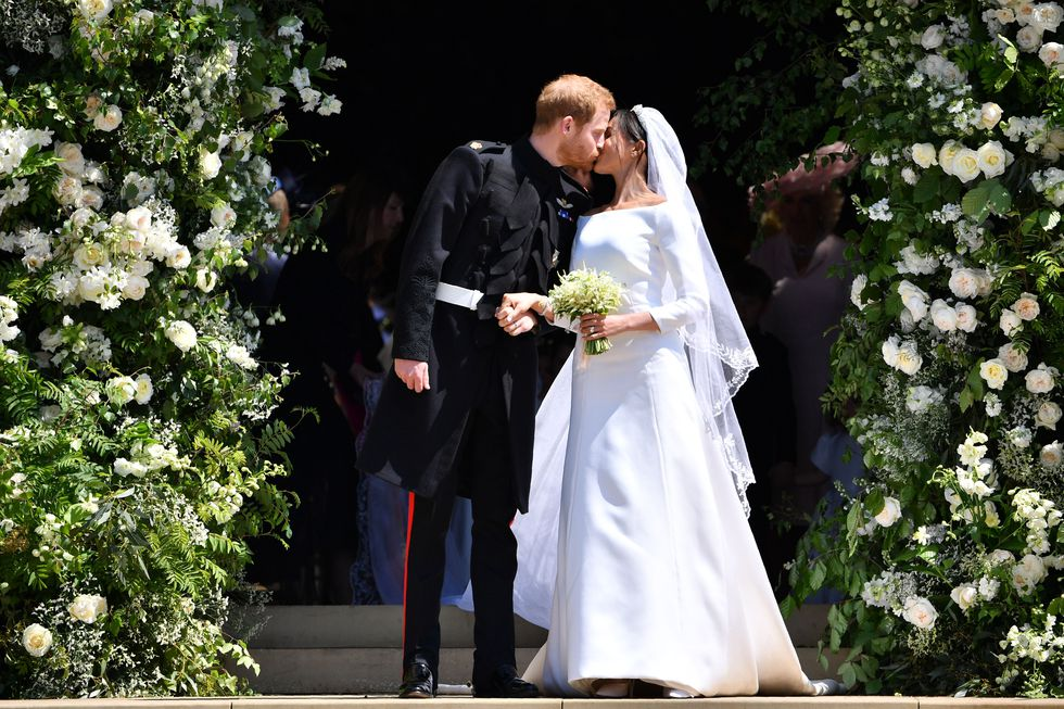 Meghan Markel, Prince Harry, piece of blue fabric, queen of the world, Meghan,
