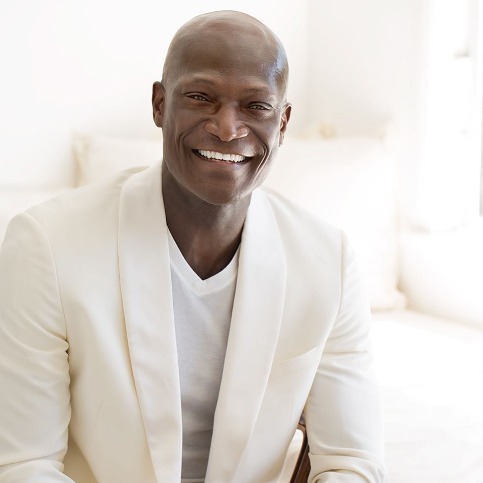 7 wild photos of Peter Mensah of Spartacus fame that prove he is a Ghanaian.