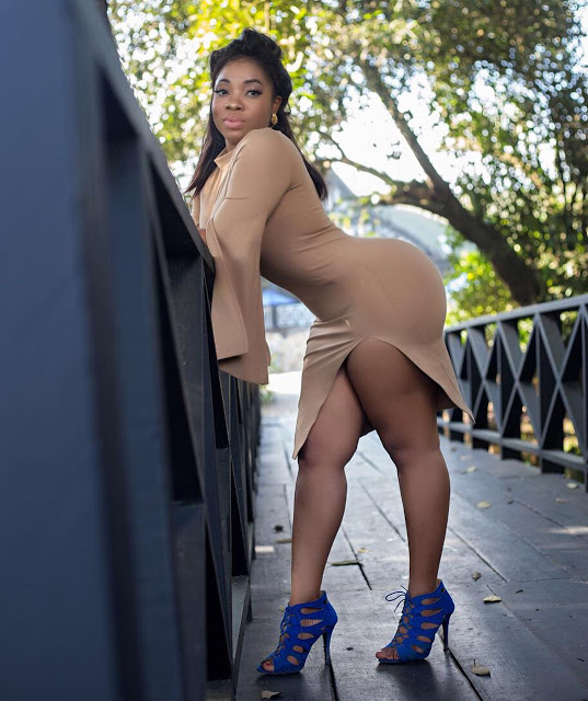 Moesha Boduong excites fans with her 'huge backside' in a transparent dress.(video)
