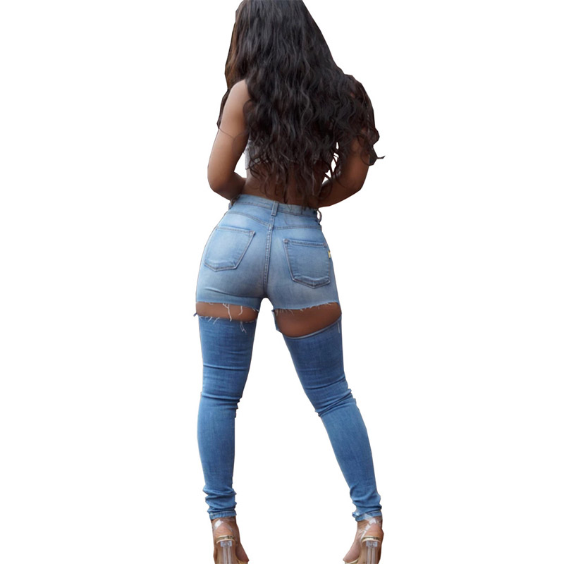 Love: I seduced my boss by not wearing pants to the office for 3 weeks - NSS girl confesses