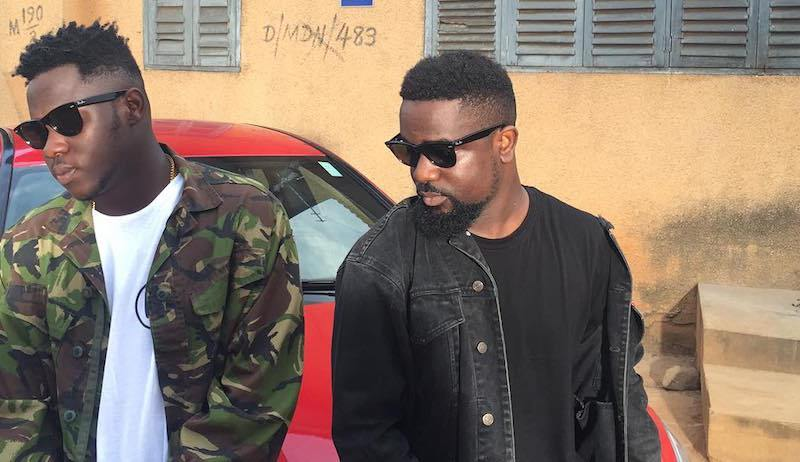 Sarkodie features Medikal and Fella Makafui in his 'I know' music video