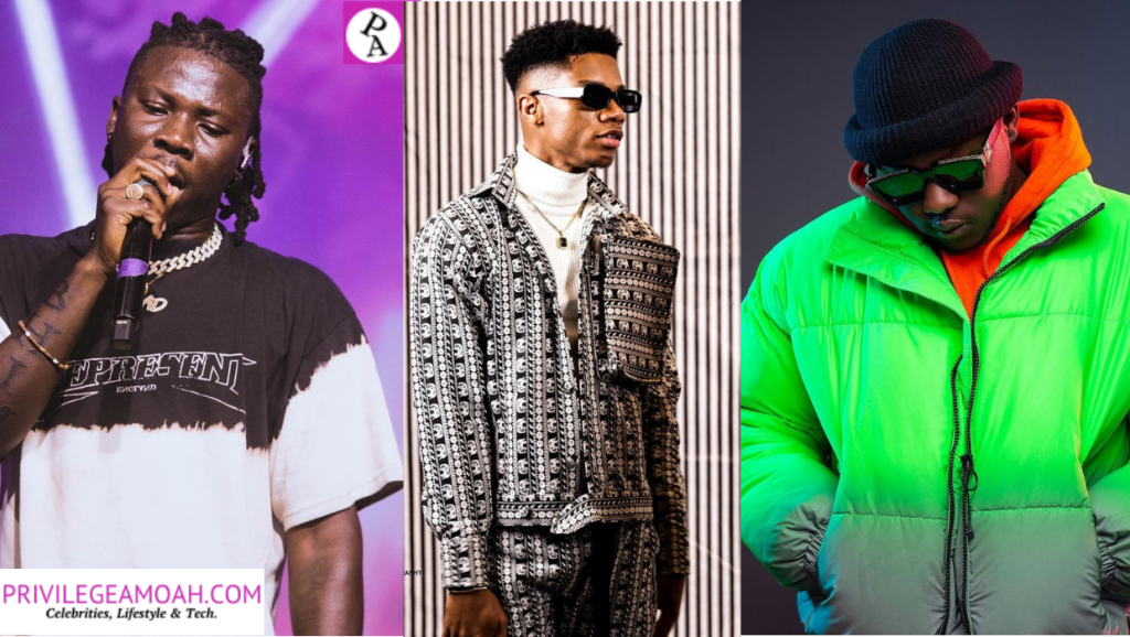 Stonebwoy, Kidi and Medikal in a photo. (Who has the most popular songs in 2020; Kidi, Medikal or Stonebwoy?)